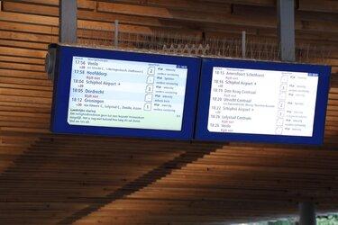 Landelijk treinverkeer grotendeels plat door telefoonstoring